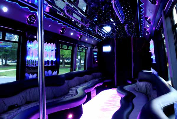 22 people party bus Benson