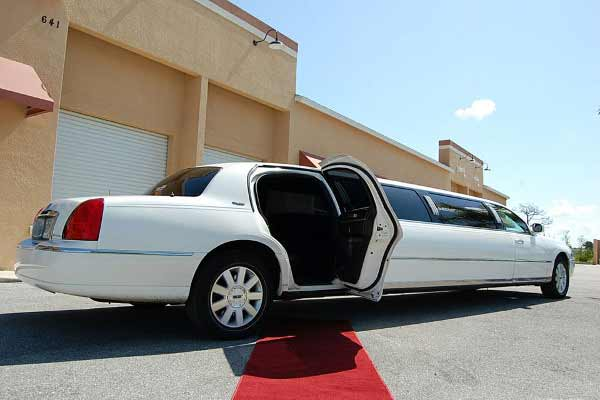 lincoln stretch limousine Tanque Verde