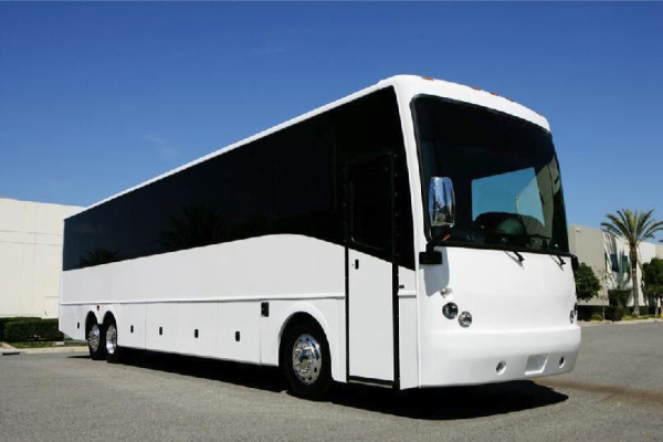40 passenger charter bus rental Glendale